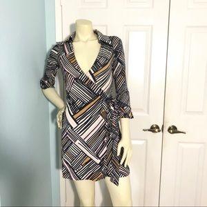DvF mod print Lindsey mini wrap dress